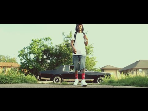 Roddy ft Curren$y - While The Getting Good