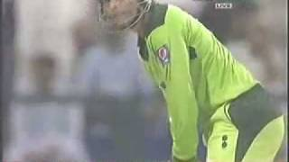 Brilliant  Performance of Abdul Razzaq Vs South Africa In Abu Dhabi UAE (31st oct 2010)