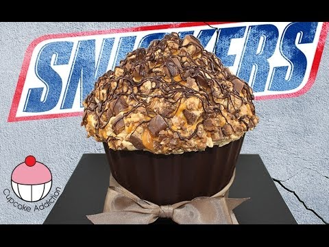Giant SNICKERS Bar Cupcakes