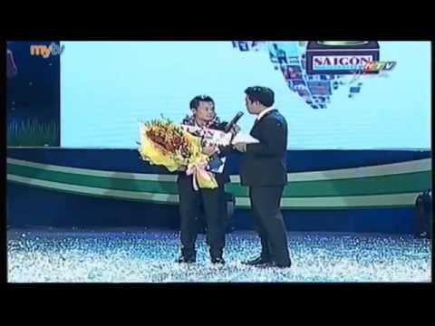clip trao QBV  Thành Lương giành Quả bóng vàng Việt Nam 2014
