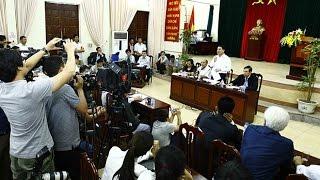 """Phá vây thôn Hoành sau cuộc đối thoại """"lịch sử"""""""