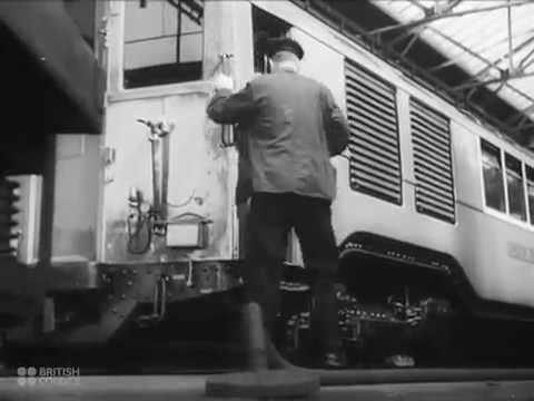 City Bound / Public Transport in London - 1941 British Council Film Collection - CharlieDeanArchives