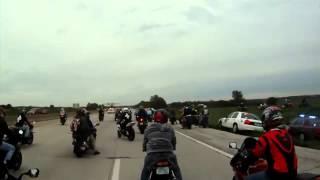 Policía vs moteros police vs superbike