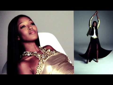 PINKO adv campaign S/S 2012 backstage feat. Naomi Campbell