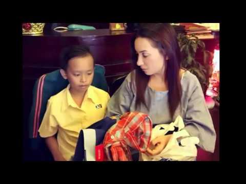 Phi Nhung tài trợ học phí cho cậu bé 13 tuổi hát đám cưới(tin tuc sao viet)