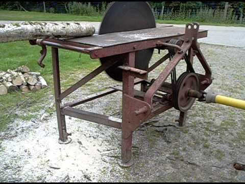 Tractor PTO driven circular saw bench being driven by Grey Fergie ...
