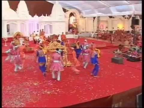 Bhuj Nutan Mandir Mahotsav 2010 - Katha Part 7 of 25