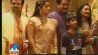 Kavya Madhavan Wedding Reception In Kochi [www.mallubeats