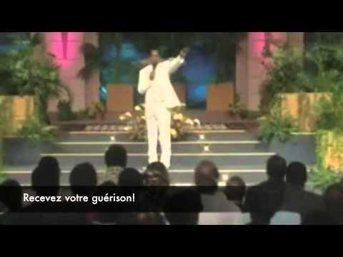 Pasteur Chris (Christ Embassy): Atmosphère pour les miracles!