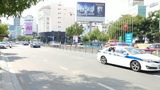 Cực hiếm: 2 đoàn xe VIP APEC và quân đội chạy cắt mặt nhau - 2 VIP convoys at the same place