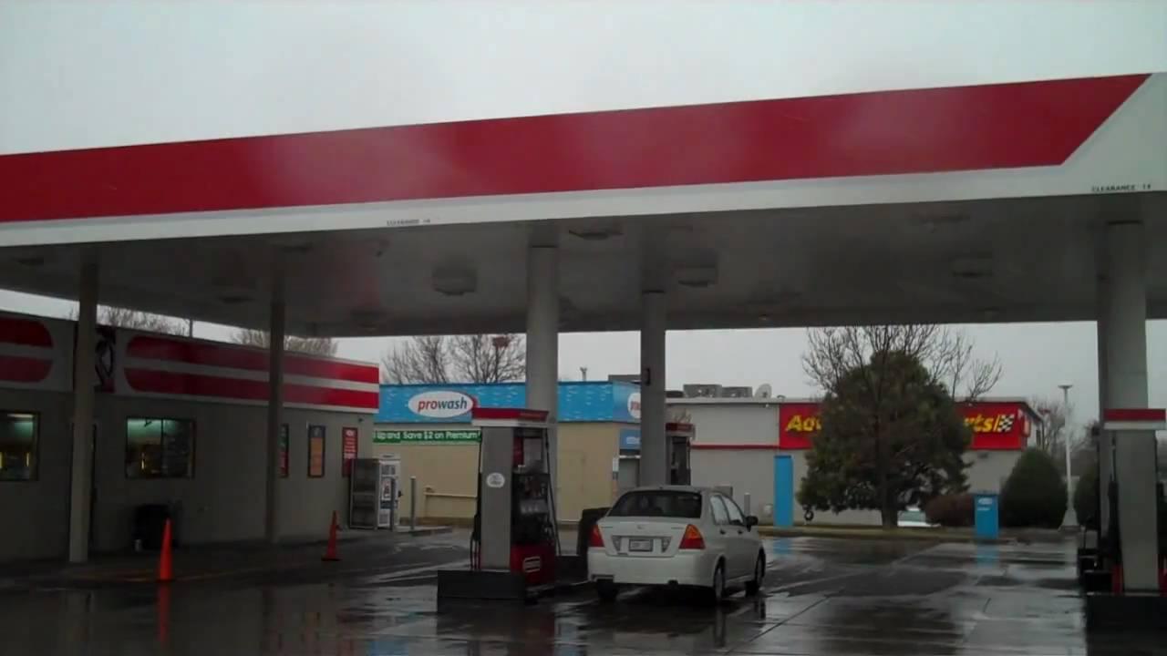 image Circle k gas station attendant blowjob