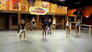 Miss Onda, Practicando Coreografia Para Reina De Reinas