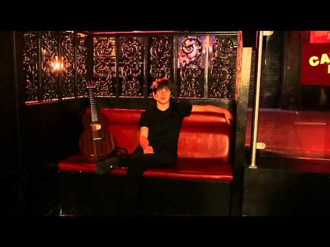 Jake Bugg - 'People Think I'm A Grumpy Twat'