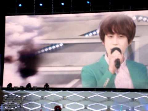 [Fancam] 120609 SMTOWN Taiwan: Just The Way You Are by Changmin TVXQ and Kyuhyun Super Junior