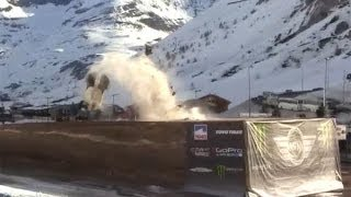 Guerlain Chicherit Jump for world record but crash