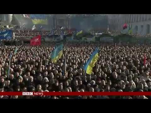 THOUSANDS OF UKRAINIANS PROTEST ON KIEV STREETS - BBC NEWS