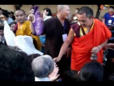 Đức Nhiếp Chính Vương Drukpa Vietnam - Quán đảnh Đức Tara Xanh-Trắng