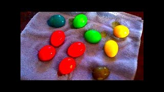 HOW TO DYE EASTER EGGS With KOOL AID!