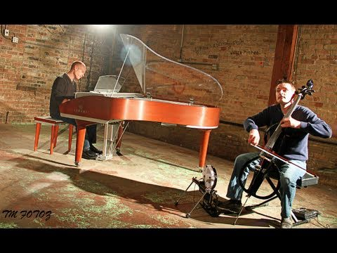 Michael Meets Mozart - 1 Piano, 2 Guys, 100 Cello Tracks - ThePianoGuys