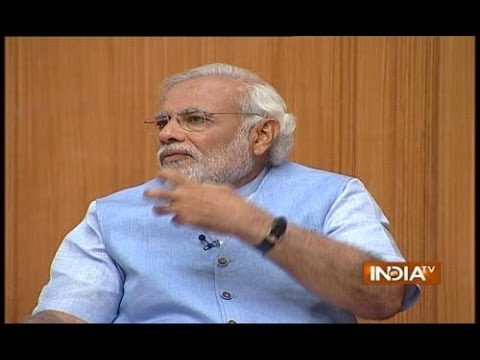 Amitabh Bachchan hasn't taken a single penny for Gujarat tourism promotion, Modi tells Aap Ki Adalat