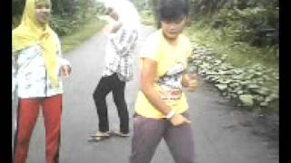 lubang buaya feat me.3gp