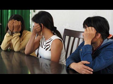 Phụ nữ bán dâm ở Việt Nam bị 'bạo hành và nghèo khó'