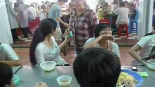 Thăm trẻ em khuyết tật Bình Dương - HEAL THE WORLD GROUP Viet Nam ( Part 3 )
