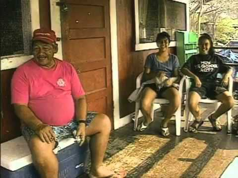 YouTube        - OFFICIAL Somewhere over the Rainbow - Israel 'IZ' Kamakawiwoʻole.mp4