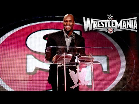 Vernon Davis talks at the WrestleMania 31 Press Conference