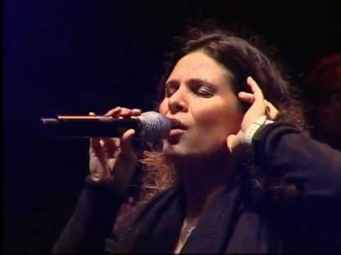 Aline Barros - Ressuscita-me ao vivo.