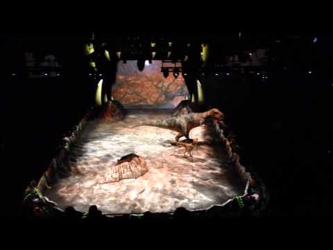 Walking With Dinosaurs - The Grand Finale with T-REX - The Arena Spectacular