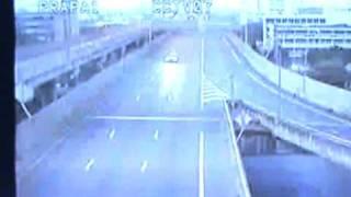 เผยวีดีโอจากกล้อง CCTV รถตู้ตกทางด่วนพระราม 6