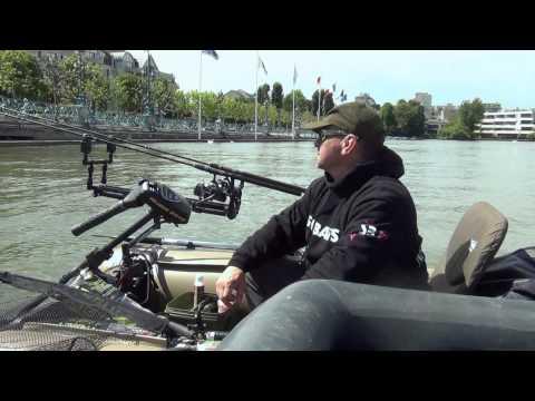Urban carp fishing 3