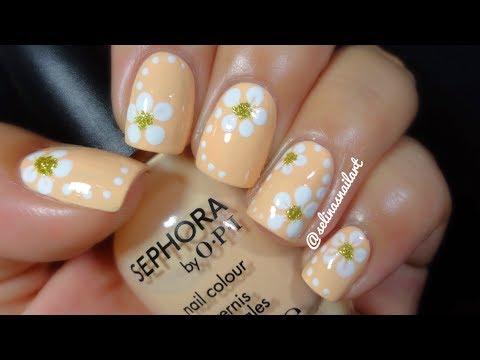 Quick & Easy Flower Nail Art Tutorial