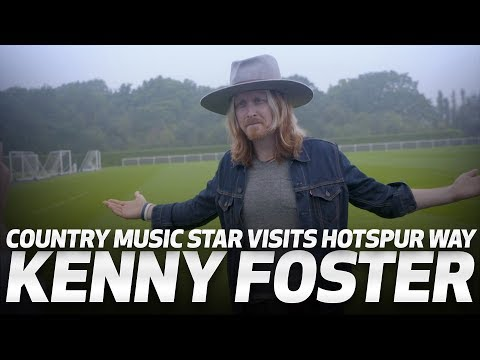 KENNY FOSTER   COUNTRY MUSIC STAR VISITS HOTSPUR WAY