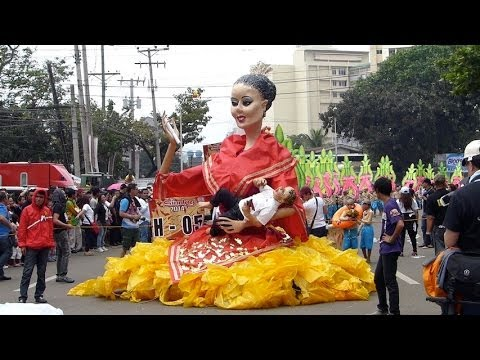 AMAZING, GIANT 20 FEET TALL PUPPETS (HIGANTES), 2014. SINULOG FESTIVAL, CEBU PHILIPPINES