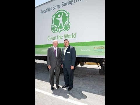 Las Vegas Sands helps Clean the World Unveil New Equipment