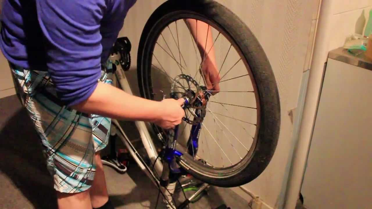 how to change a flat tyre bicycle