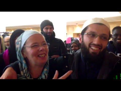 2 American Women Convert to Islam - December 2013 - YouTube