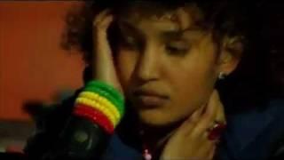"""Sayat Demissie - Hasabun Mesreke """"ሃሳቡን መስረቄ"""" (Amharic)"""