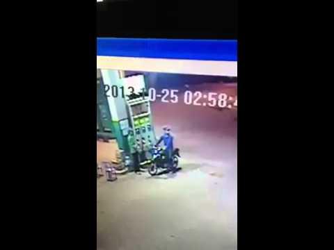 Steal of Petrol at Tela Tuol Kork