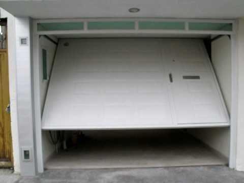 13 puerta de maroma con peatonal integrada vista exterior for Diseno de puertas