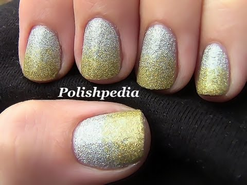 Two Toned Glitter Nail Art