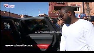 بالفيديو..Maitre Gims خلا الصحافيين و خرج من الفندق |