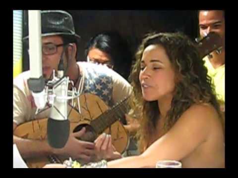 Daniela Mercury homenageia Igor Kanário