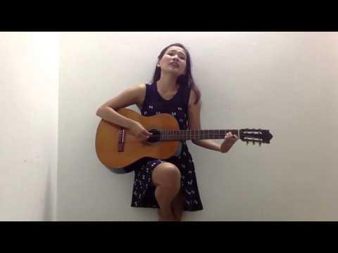 Quỳnh Scarlett - Tuổi hồng thơ ngây (tự đánh guitar)