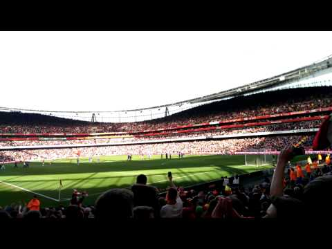 Arsenal VS Everton 4-1 full time whistle