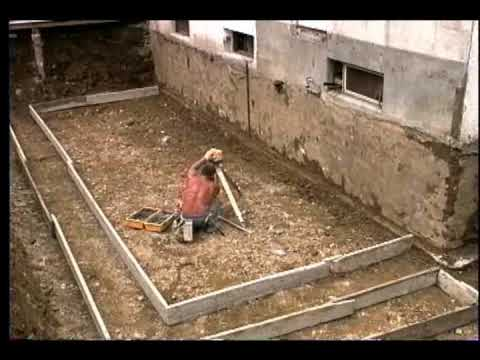 Fondations construction youtube - Garage en parpaing de 20m2 ...
