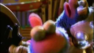 Muppets From Space Shining Star Music Video Movie