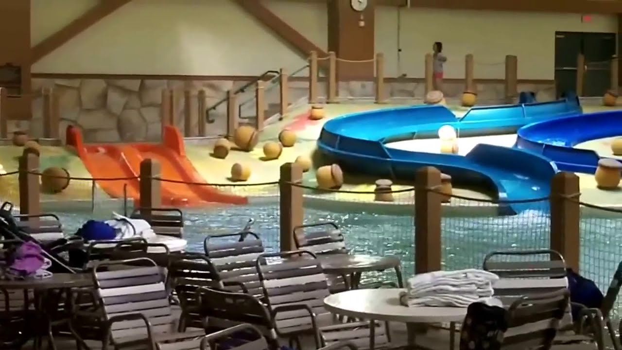 Great Wolf Lodge features the Elements Spa Salon and the Scoooops Kids Spa. Children can also enjoy various activities at Cub Camp. You can play mini golf at this resort, and the area is popular for hiking. Lawrence is 25 mi from Great Wolf Lodge Kansas City, while Liberty is 23 mi from the property/10().